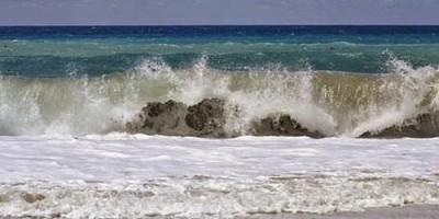 Energia: ENEA presenta tecnologia low cost per produrre elettricità dalle onde del mare