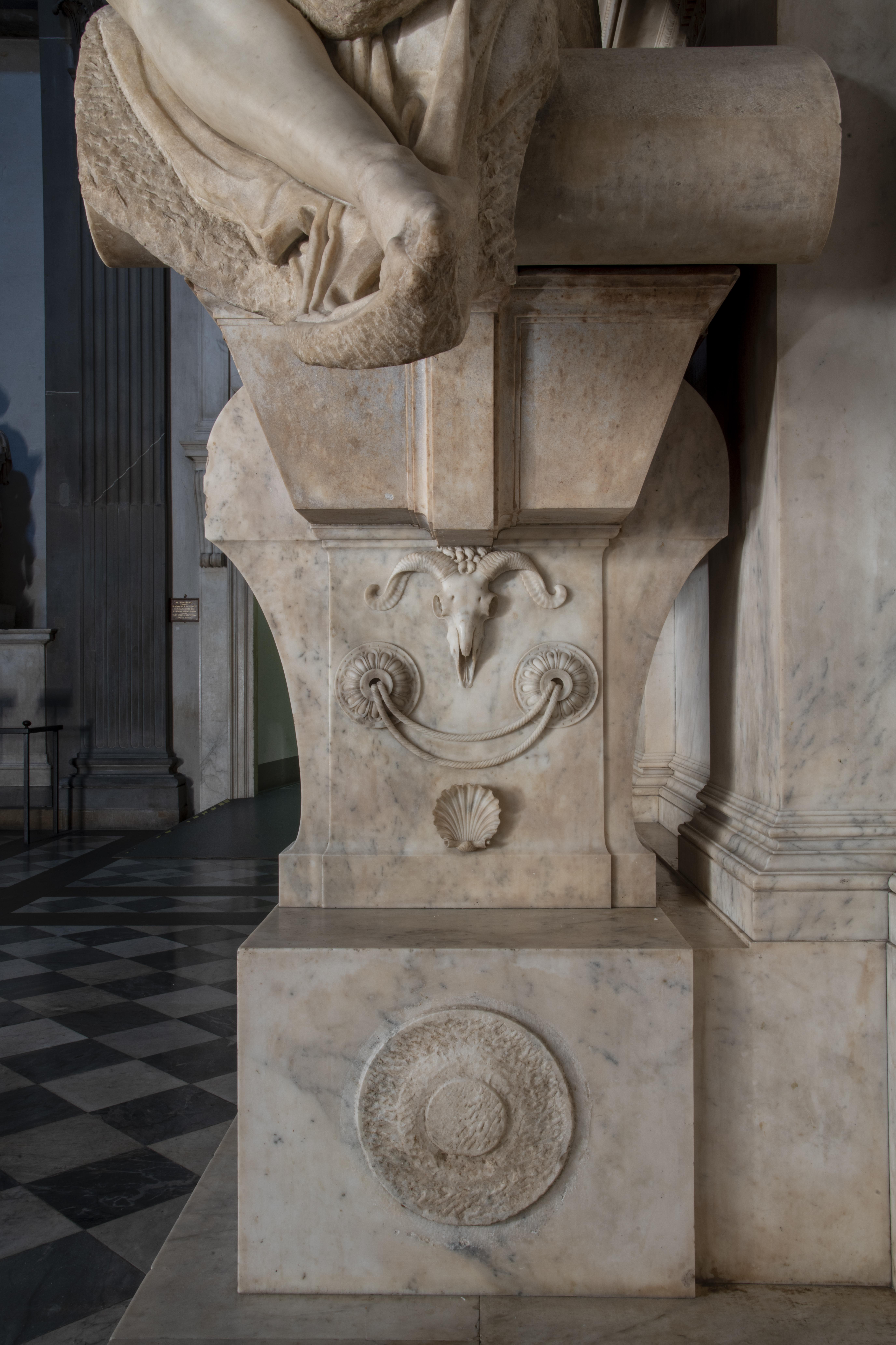 Sacrestia Nuova, Michelangelo, Tomba di Lorenzo duca di Urbino