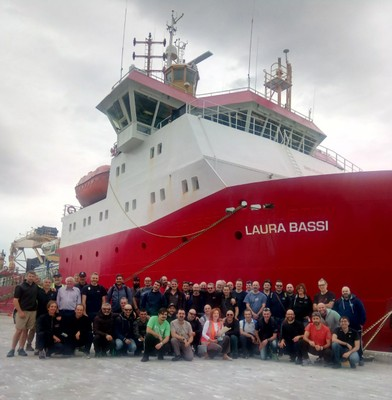 Sbarco-spedizione-Antartide2021.jpg