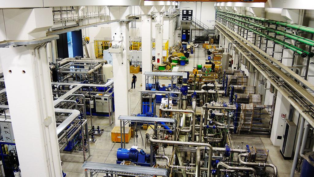 Il sistema di raffreddamento di NBTF ha il compito di raffreddare e controllare termicamente i componenti sperimentali e gli ausiliari degli esperimenti SPIDER e MITICA. A tale scopo, un intero edificio dell'impianto NBTF è dedicato al sistema di raffreddamento