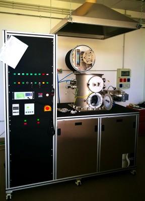 Laboratorio Micro e Nanostrutture per la Fotonica : impianto di deposizione per la crescita di rivelatori a film sottile di fluoruro di litio