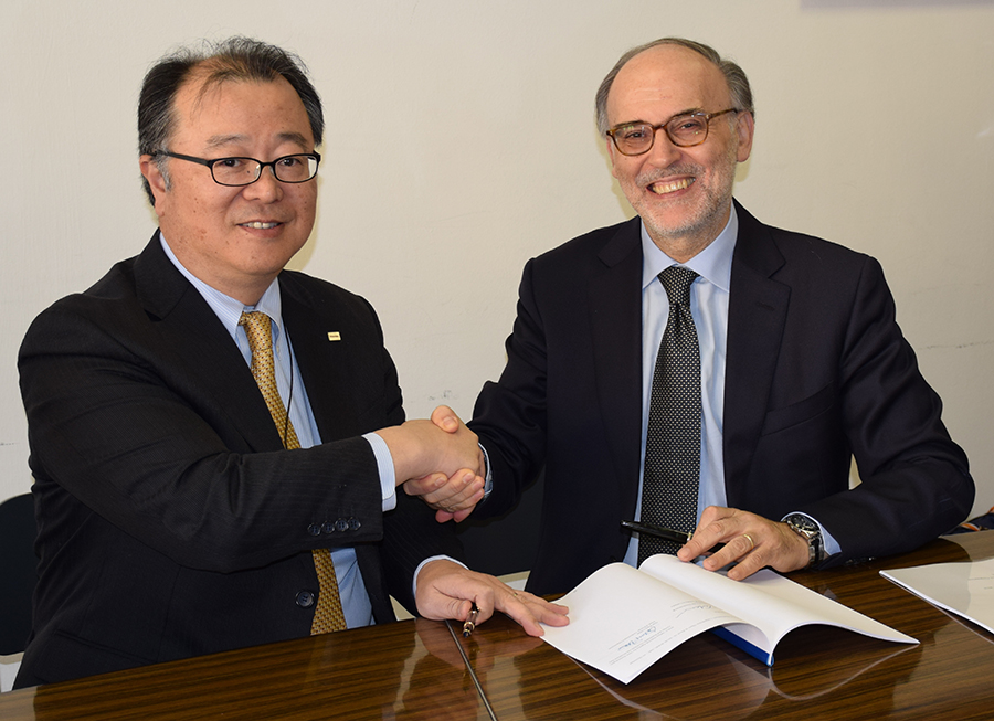 Firma accordo ENEA Toshiba