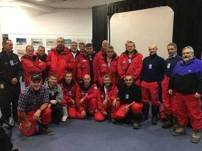 I primi 17 partecipanti e 3 piloti della Helicopters New Zealand