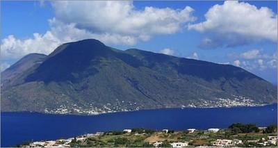 "Energia pulita: Salina tra le isole ""capitali"" delle rinnovabili in Europa"