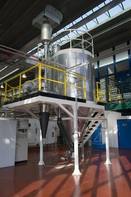 Impianto di essiccamento per nebulizzazione (Spray-dryer). Hall Tecnologica Agrobiopolis CR Trisaia (MT)