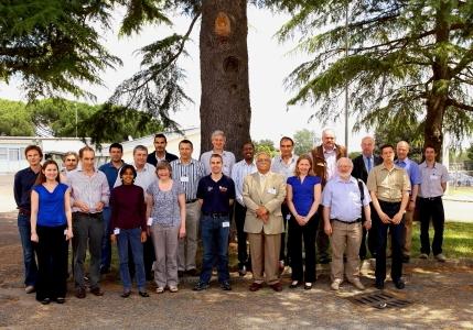 """Gruppo partecipanti riunione semestrale gruppo di lavoro """"NeT Standardization of neutron techniques for structural integrity"""" - ENEA Casaccia, 10-11/6/2013"""