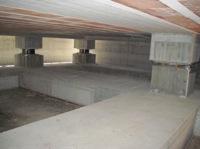 Un edificio che poggia su solatori sismici sviluppati da ENEA